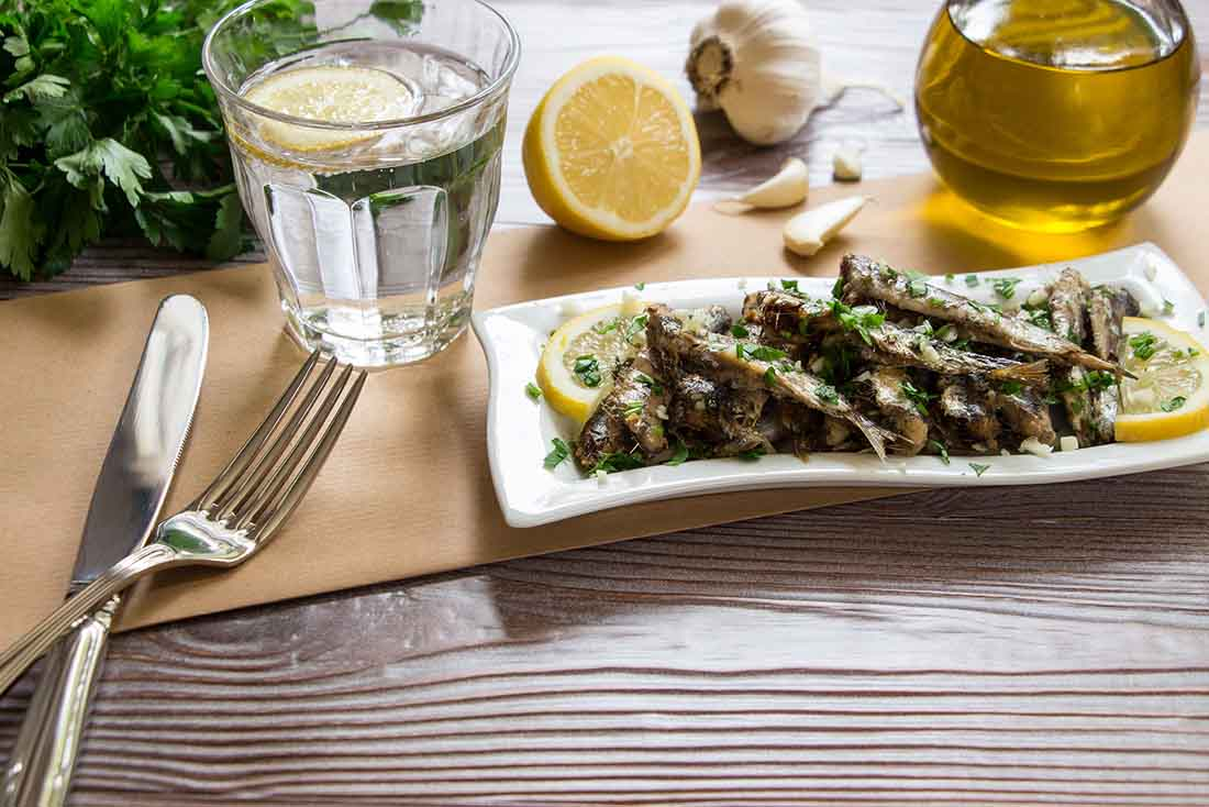 Low carb foods high in vitamin D - sardines