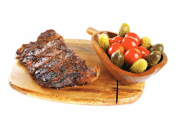 Picture of steak and vegetables on a ketogenic diet