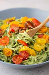 Picture of zoodles in an avocado sauce