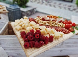 Picture of low carb and keto snacks.