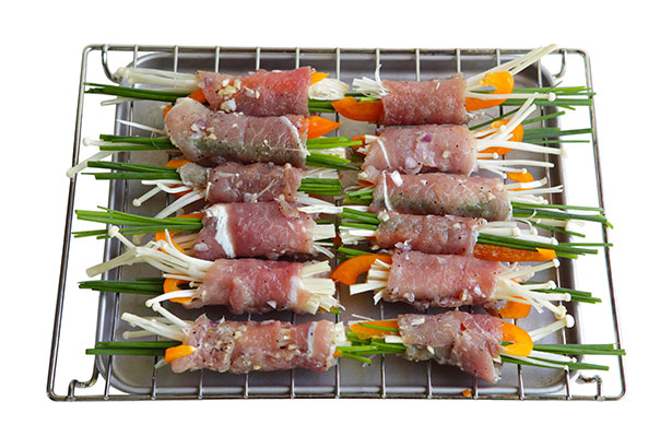 Picture of Enoki Mushrooms and Vegetables Wrapped in Meat