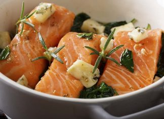 Picture showing how to cook salmon perfectly - lots of butter!