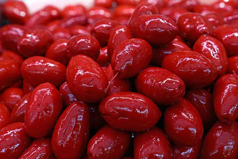 Picture of Italian Red Cerignola Olives.