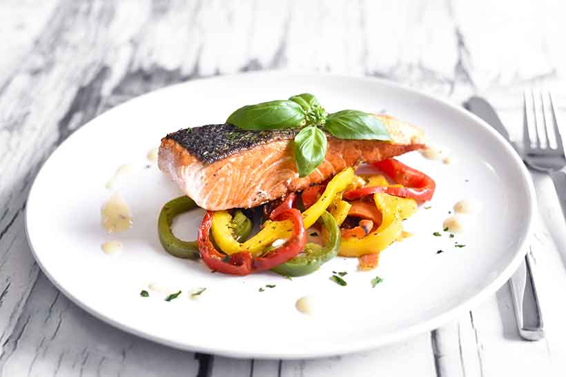 Picture of a Low Carb Meal - Salmon and Vegetables.